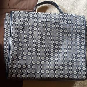 Nine West Bags - Nine west messenger/ tablet bag, like new